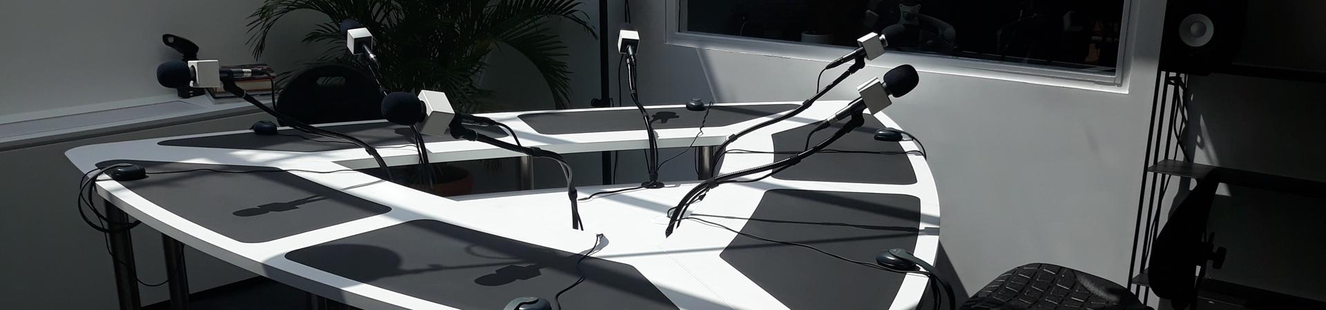 Table animateur radio